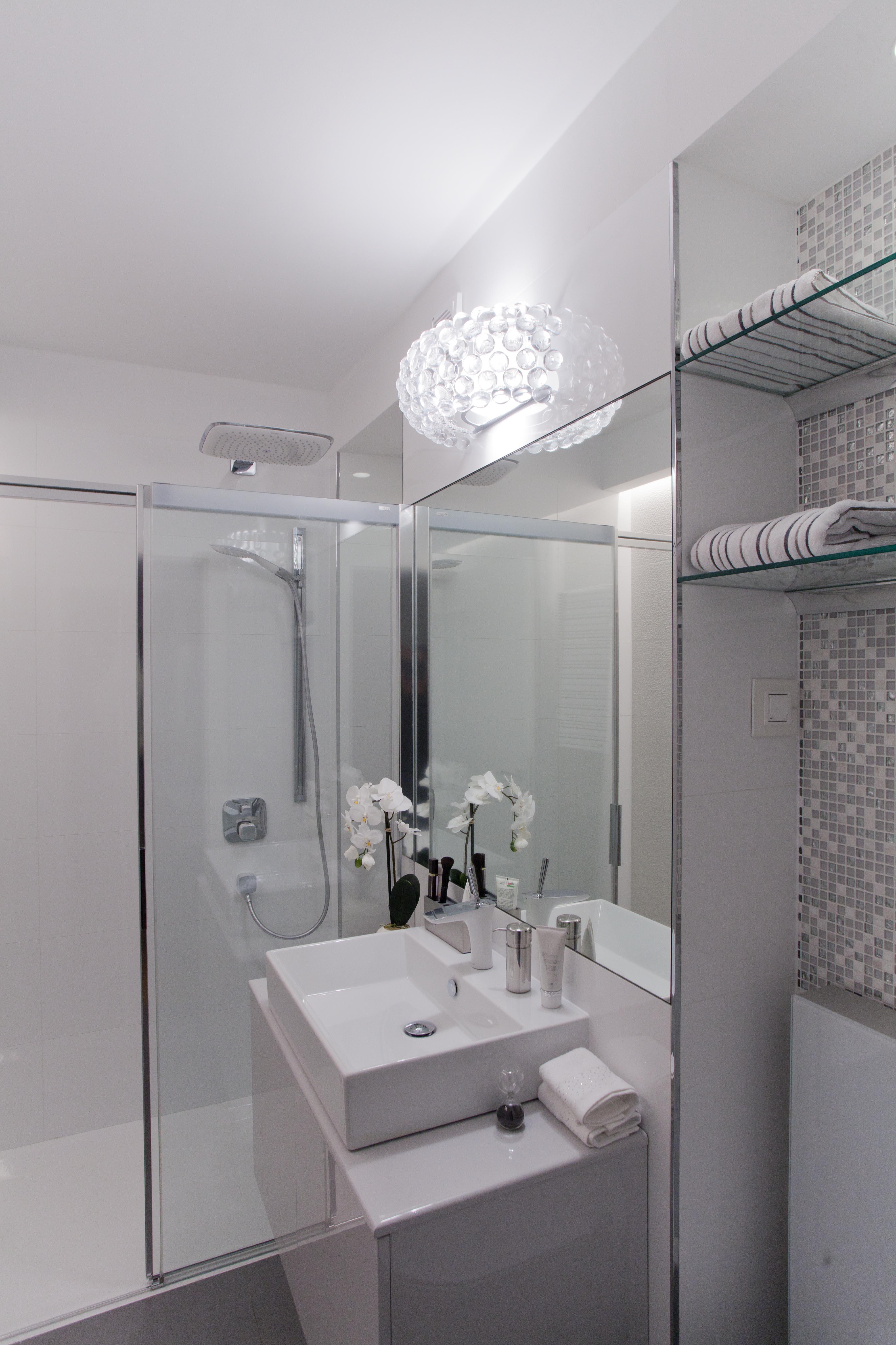 Versace Spavace Sobe_20170801191037 ~ Potpuna preobrazba male kupaonice  Indizajn s Mirjanom Mikulec
